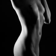 elle.zie | nude torso
