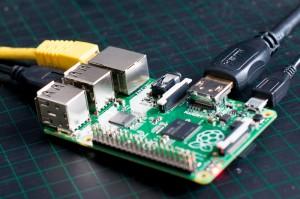 Foto des Raspberry Pi, mit welchem ich meinen Stromverbrauch reduzieren will.